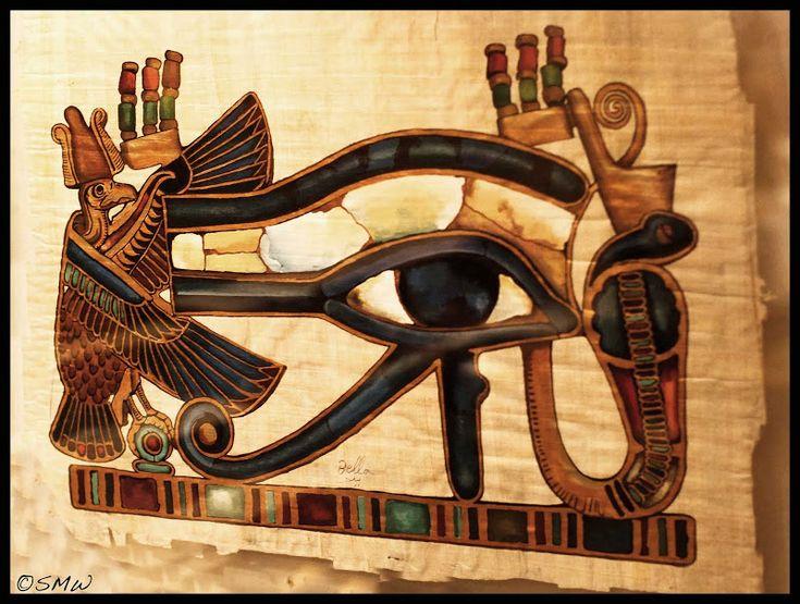 Tallkottkörteln är tveklöst en av dom viktigaste, om inte den viktigaste, körteln vi har i kroppen, och precis som idag så blev tallkottkärteln bland annat kallad för det tredje ögat av vissa kulturer förr. Bilden visarEye of Horos,som är den symbol för tallkottkörteln som finns att hitta i pyramider i Egyptien bland annat.I tusentals år