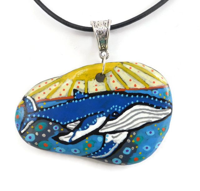 Whale Hand Painted Pebble Necklace, Whale Art, Pebble Art, Pebble Painting £20.00