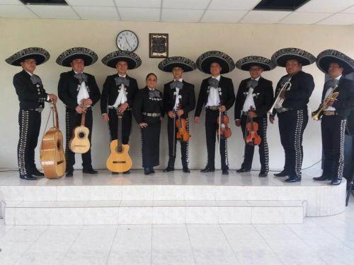 Mariachis en Quito Sur con la mejor interpretación de música ranchera mexicana conel primer grupo musical de Sangolquí su Mariachi Internacional Tapatio el cual viajo a México Guadalajara a...