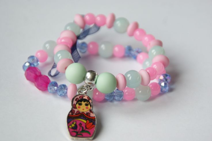 Hele mooie armband voor meisjes met een Matroesjka  https://www.facebook.com/lotenlynnlifestyle www.lotenlynn.nl