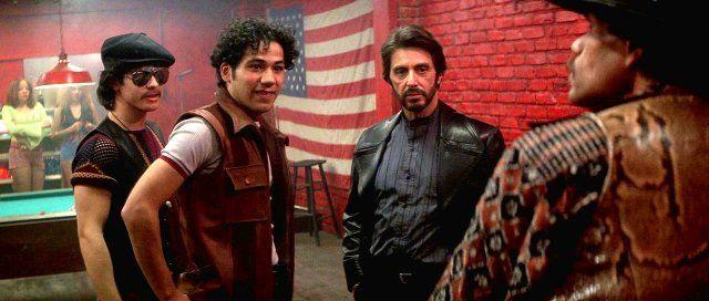 Al Pacino, Rick Aviles, and John Ortiz in Atrapado por su pasado (1993)