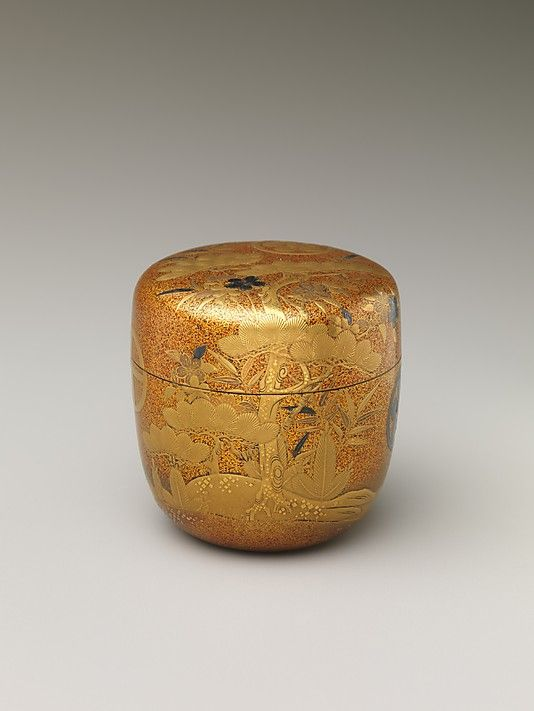 Box with Design of Pine, Bamboo, and Cherry Blossom. Edo period (1615–1868) Date: 19th century