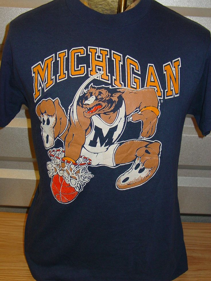 VINTAGE 1980s University of Michigan Wolverines basketball t shirt by vintagerhino247 on Etsy