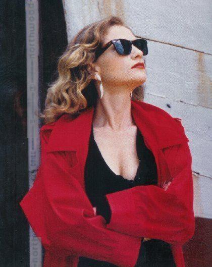 Isabelle Huppert mb