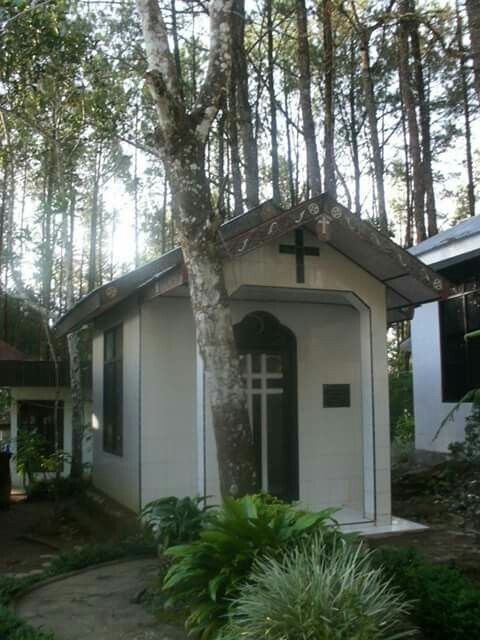 Room to Pray, Salib Kasih Monument, Indonesia