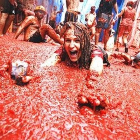 Spain: La Tomatina Festival, Valencia - the world's biggest tomato fight!  Started in 1945 with a brawl of men who wanted to take part in some festivities by grabbing tomatoes off a nearby vegetable stand, and throwing them at the crowd.