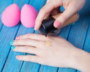 Cómo aplicar el maquillaje con esponja #maquillaje #makeup #belleza