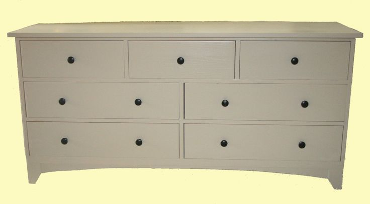 Painted pine merchants chest; http://www.lowennaspinefurniture.co.uk/search.asp?types=Painted+Furniture