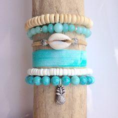 pile de bracelet ananas, shell bijoux, bracelets de plage boho, bijoux sirène beachcomber, bracelets aqua par beachcombershop sur Etsy