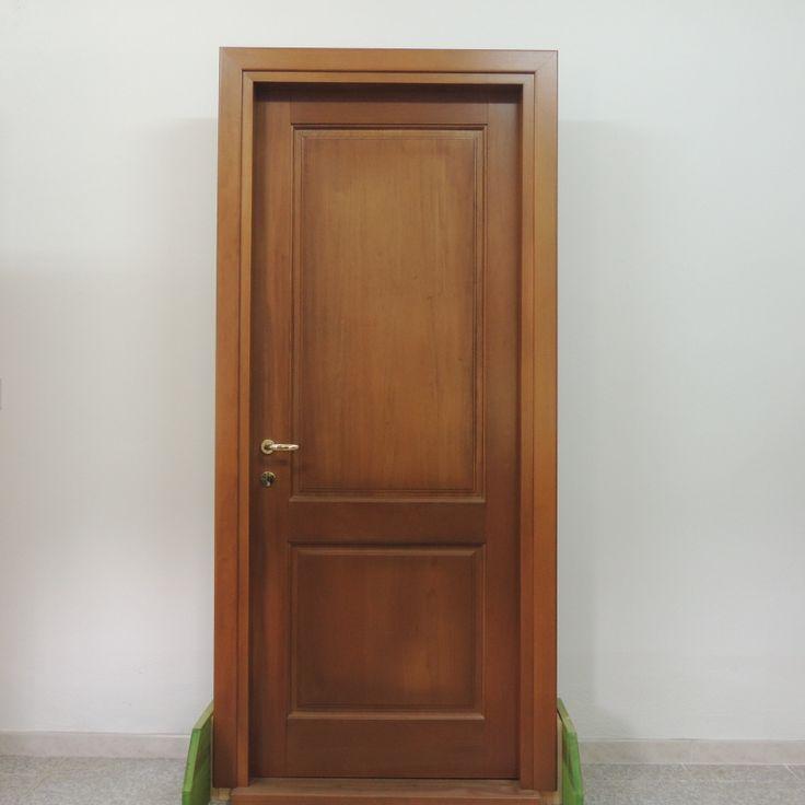 Porta in legno di meranti a due pannelli porte per for Ikea firenze
