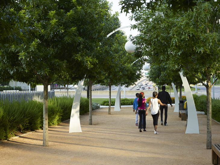 """From """"The Lid Comes On,"""" by Jonathan Lerner on Dallas's freeway-capping Klyde Warren Park. Image courtesy of Marion Brenner, Affiliate ASLA. From the February 2017 issue of Landscape Architecture Magazine."""