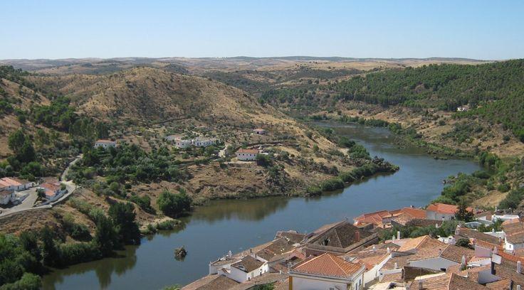 Artigo acabado de publicar no www.viajarpelahistoria.com Saiba mais sobre Mértola