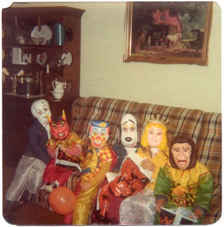 Halloween in the 1970's.....this looks like my houseOld Schools, Remember, Vintage Halloween, Cardboard Boxes, Couch, Childhood Memories, Halloween Costumes, Halloween Masks, Happy Halloween