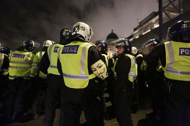 VICE News Investigation Finds Signs of Secret Phone Surveillance Across London | VICE News