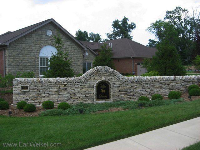 Villas At Dorsey Louisville Ky Patio Homes Condos For Sale Https Www Shoplouisvillekyhomesfors One Story Ranch Style Homes Condos For Sale Ranch Style Homes