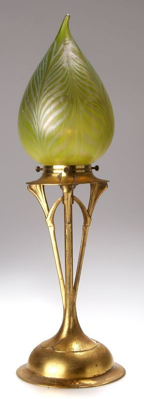 """German Art Nouveau gilt pewter lamp with a LOETZ glass shade, 1903-1904, designed by FRIEDRICH ADLER, manufactured by Walter Scherf & Co., Nürnberg, under the trade name Osiris, marked """"OSIRIS 1039 ISIS"""", 43 cm high overall"""