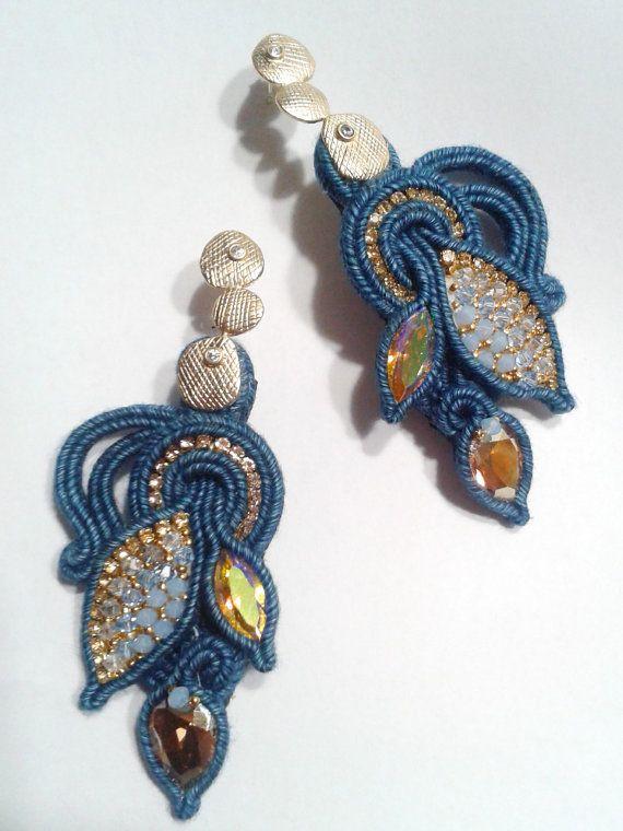 Ehi, ho trovato questa fantastica inserzione di Etsy su https://www.etsy.com/it/listing/246043949/neverland-soutache-earrings