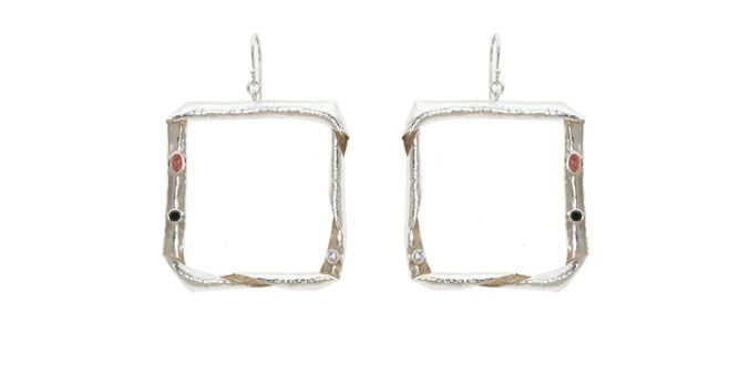 Retro/Square – Handmade silver earrings Material: Silver 925, Tourmaline, Zircon, Onyx Dimension:Length: 5.0 cm Weight:7.0 gram Price : $ 47.50 In Stock : 9 pairs Order it here http://www.jennyjsilver.com/collection-89-Retro-Square