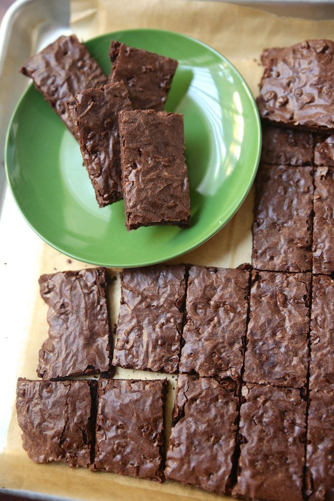 Pillsbury Brownie Brittle - Lovin' From The Oven