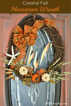 Coastal fall wreath with pumpkins, acorns and starfish is part of a 32 blogger Fall Ideas Tour for home decor on mantels, tablescapes, wreaths and crafts. www.H2OBungalow.com #FallIdeasTour #Fallwreath