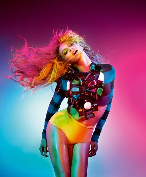 So sexy- Beyonce http://www.luvtolook.net/2013/05/so-sexy-beyonce.html #fashionpop #pop