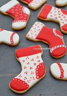 Kerstsokken koekjes - christmas stocking cookies - Laura's Bakery