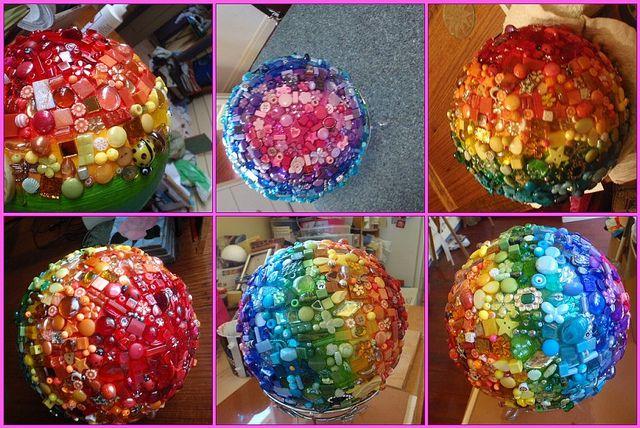 Mosaic bead ball by Poppins Mosaics and Crafts, via Flickr