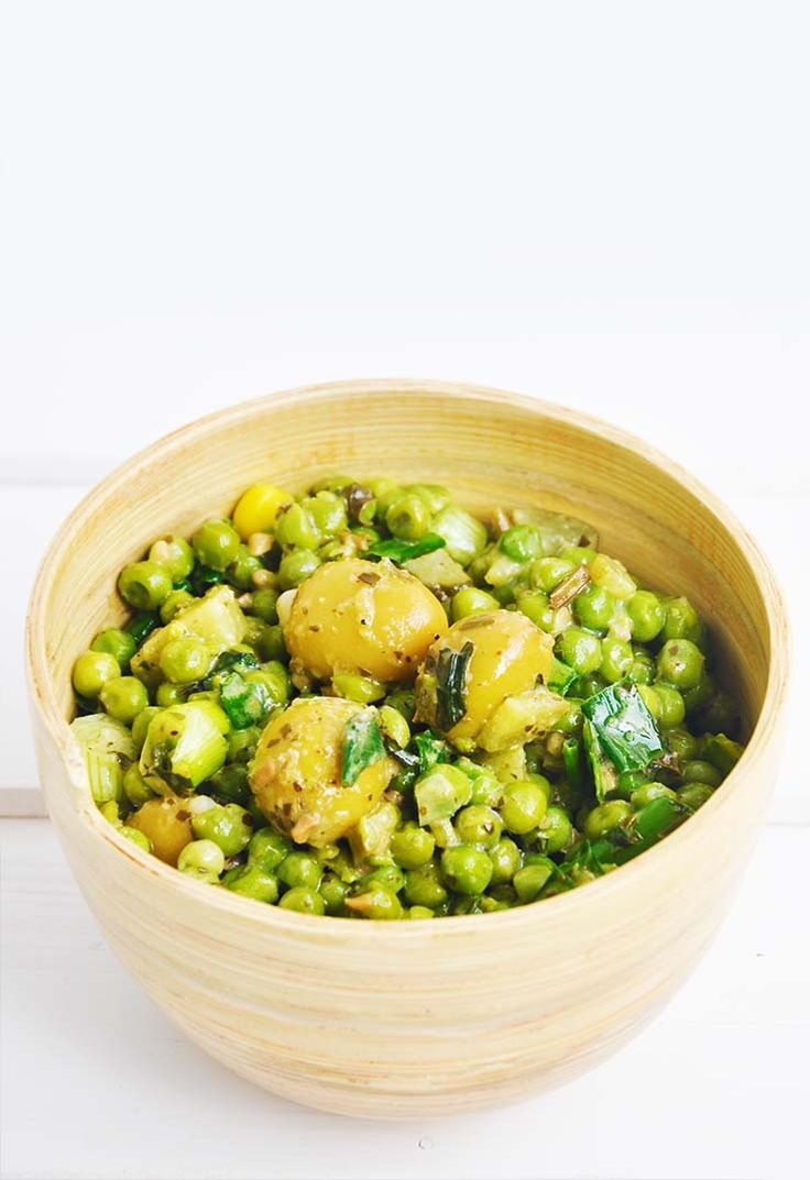 Green Pea and Olives Salad