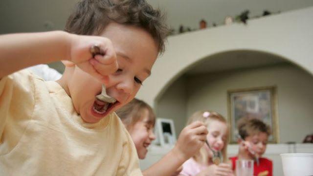 Cafe Gradiva: Fetele cu ADHD sunt de doua ori mai predispuse la ...