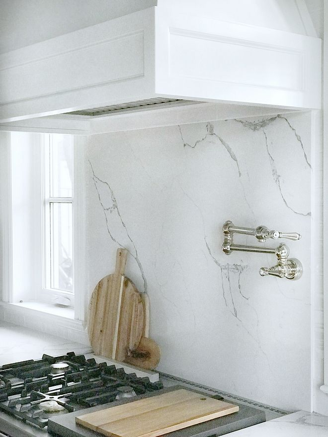 Marble Looking Quartz Slab Behind Range Backsplash Quartz