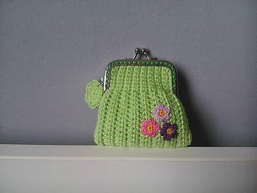 Crochet coinpurse