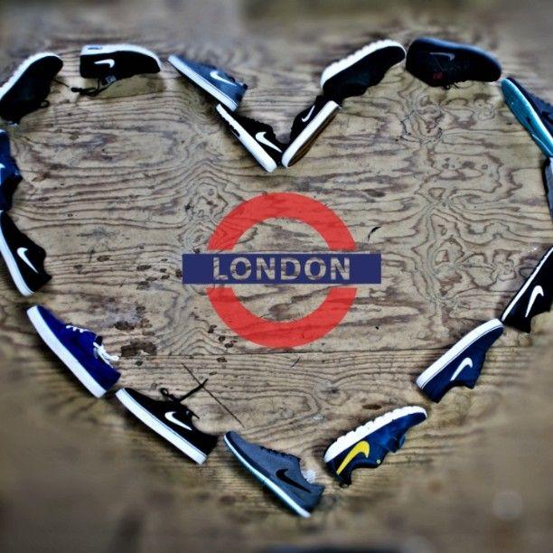 Ook voor onze sneakerliefhebber hebben wij ruim aanbod! Nu zelfs afgeprijsd tot 50%. Kijk voor onze ruime collectie op www.londonshop.nl #londonmode #sneakers #fashion #kicks #menswear #girlswear