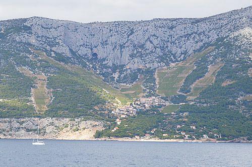 Ivan Dolac vineyards on Hvar http://gohvarblog.com/2014/06/08/learning-about-the-best-plavac-mali-wines/