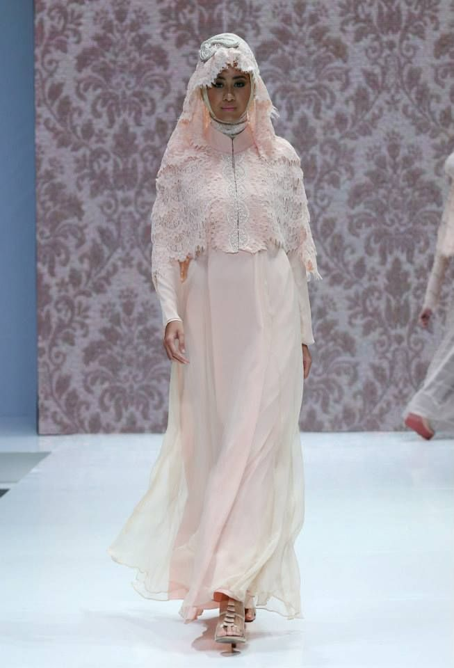 "La Perle by Irna Mutiara ""Ma Belle"", Indonesia Islamic Fashion Fair 2013"