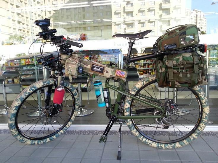 Paratrooper Folding Bike With Camo Tires Camo Panniers