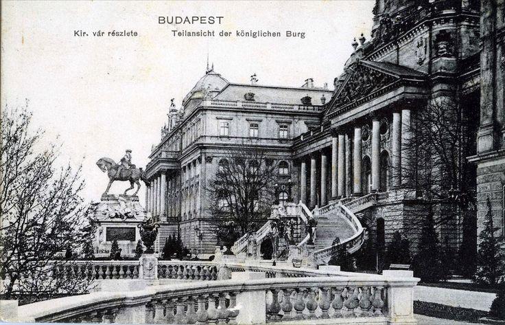 Budavári Palota - Habsburg-lépcső dunai panorámával Budapest Királyi vár - Royal Castle - Château Royal - Castillo Real -Königliche Burg - Королевский замок