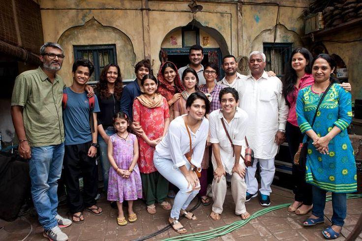 zaira wasim suhani bhatnagar ile ilgili görsel sonucu