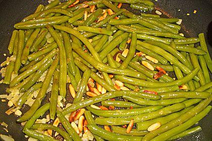 Grüne Bohnen mit Pinienkernen (Rezept mit Bild) von puffel84 | Chefkoch.de