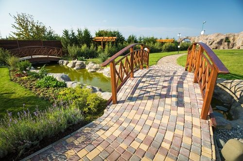 http://www.mietystone.co.uk/  Stone paving can drastically improve the look of your home and even increase its resale value. Contact us to find out how we can help.  Hillmans Transport Depot, Chelwood Bridge, Chelwood, Bristol, BS39 4NJ
