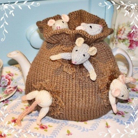 easy knit SACK of MICE tea cozy pdf email knitting pattern by debi birkin