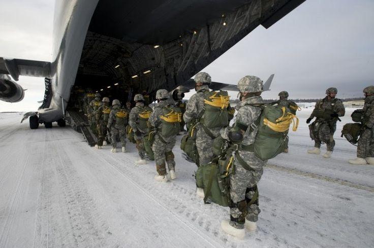 В январе 330 американских военнослужащих будут размещены вНорвегии.     Эти американские морские пехотинцы будут участвовать впроб...