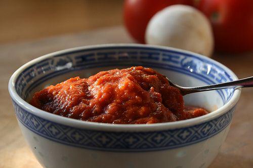 Tomatensaus voor pizza, zelf maken