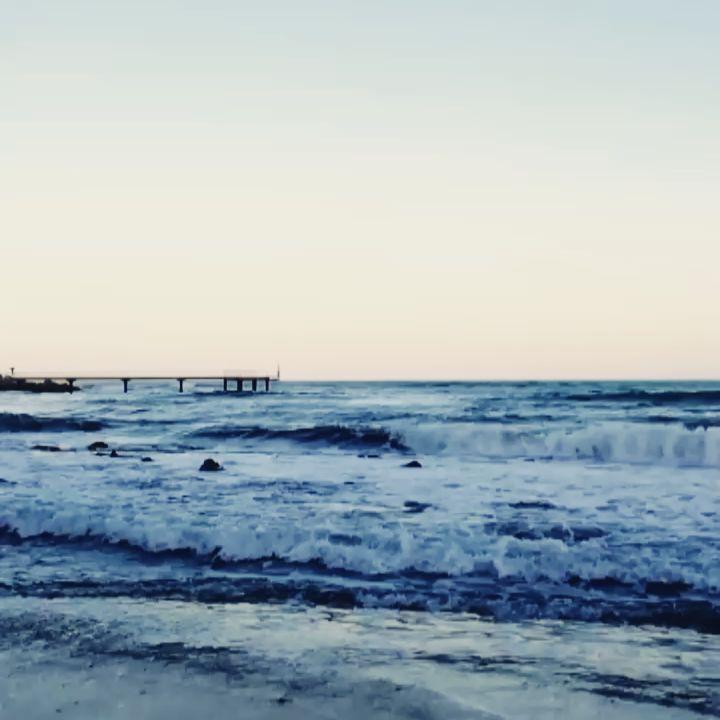 Das Leben ist kurz. Nimm dir Zeit für Meer.   freitag  wochenende  letztertag  …