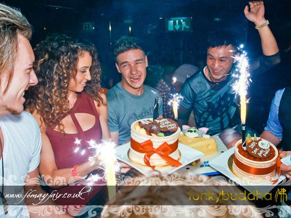 Liam Payne celebrated his 19th birthday  at the Funky Buddha as a surprise party set up by his girlfriend Danielle Peazer.  We have some more pictures to post of what went on inside the fabulous party. Tomorrow fellow band member  Niall Horan will celebrate his 19 th birthday also at a charity event in hometown of Mulligar.