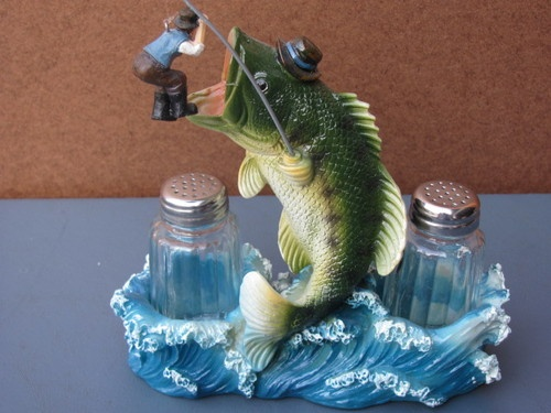 11 Best Ideas About Fish Salt Pepper Shakers On Pinterest
