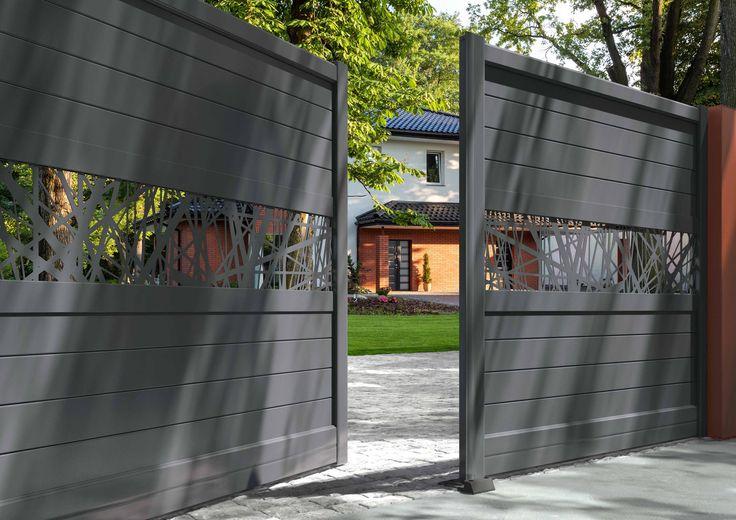 Solabaie installe pour vous des portails en aluminium colorés et design ! http://www.solabaie.fr/
