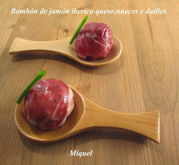 Ingredientes para 20 unidades: 180 gr de jamón Ibérico o serrano, cortado muy fino. 10 dátiles de los de buena calidad 6 nueces p...