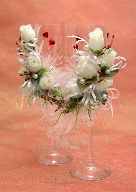 Wedding glasses, decorated with white roses