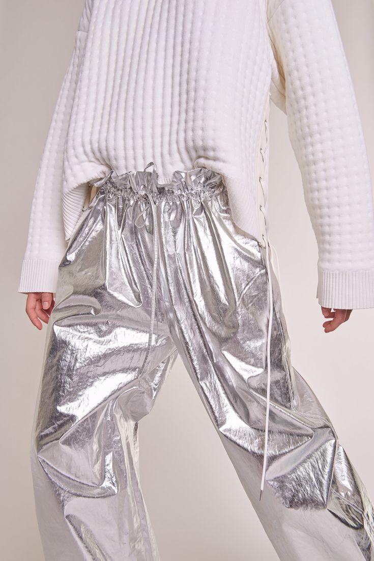 Paco Rabanne Pre-Fall 2017 Fashion Show