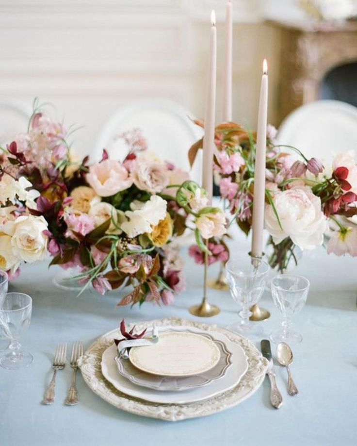 elegant and romantic reception tablescape